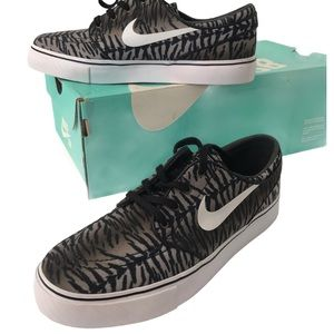Nike Zoom Stefan Janoski SB Shoes sz 7 Like New